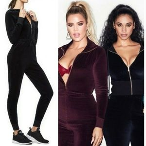 New! Good American Hooded Velour Jumpsuit